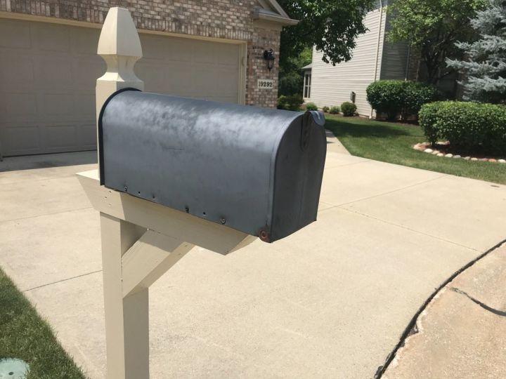 q how do i spray paint my mailbox