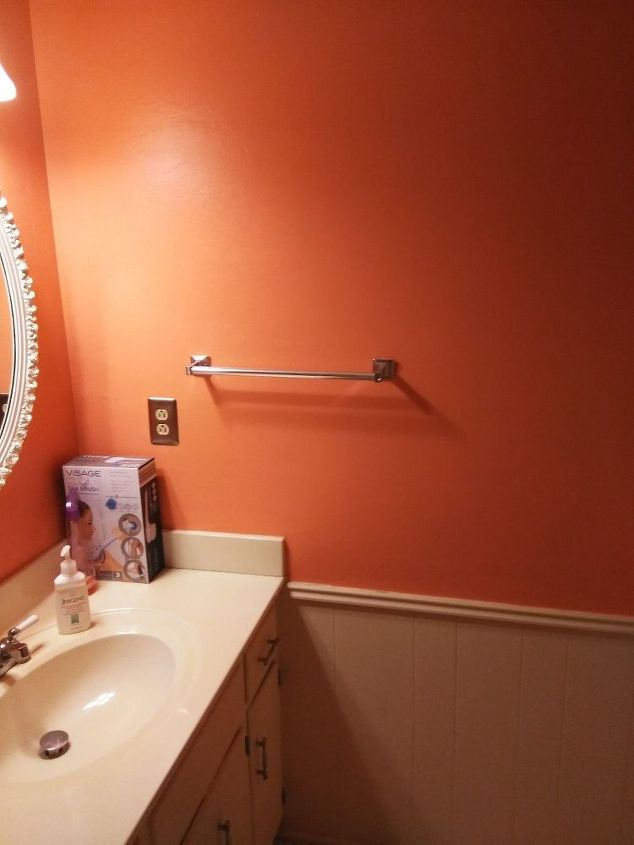 q how do i decorate my freshly painted guest bathroom