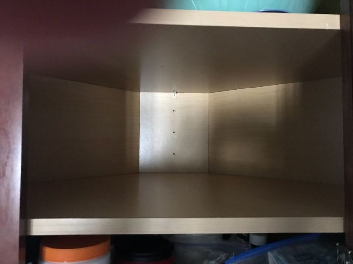 q how can i organize an upper kitchen cabinet with 5