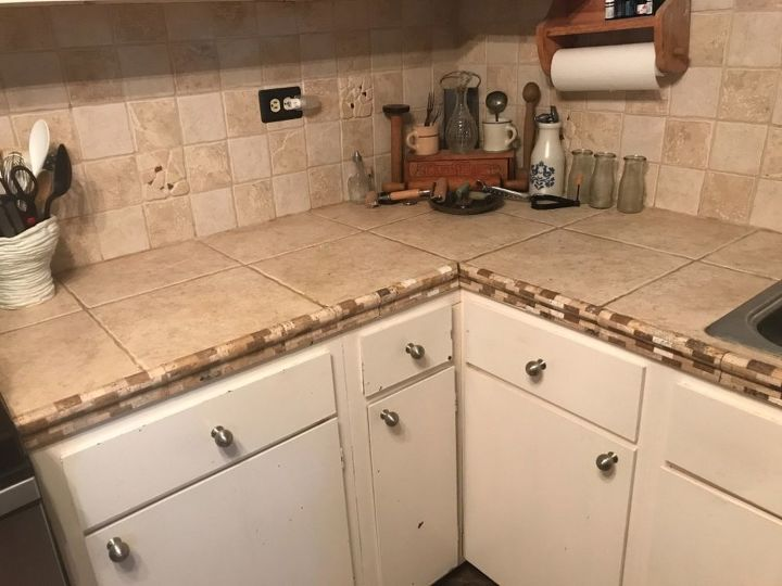 q i need to replace an ugly tile countertop inexpensively any ideas