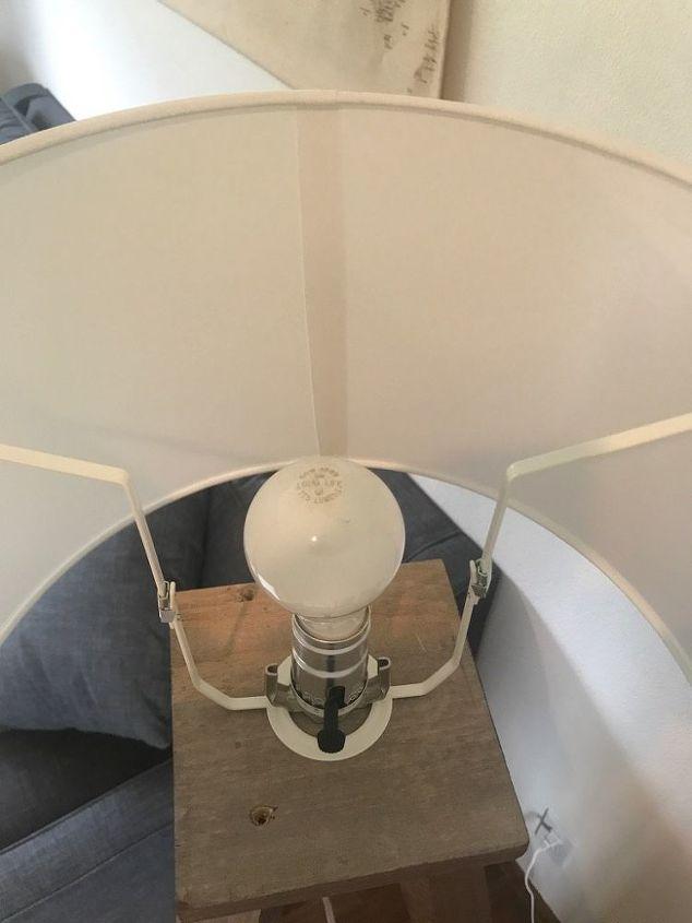 easy diy tripod lamp