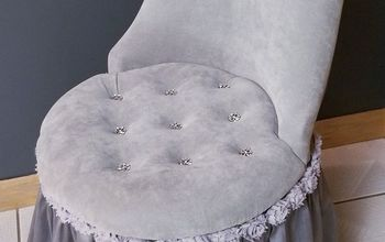 inspired by old hollywood vanity chair