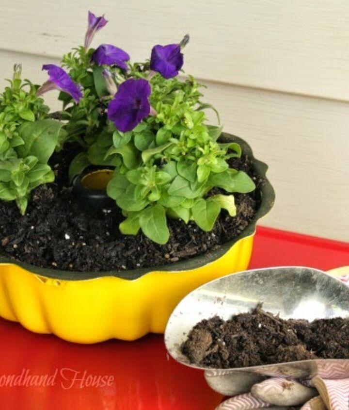 s 30 creative ways to repurpose baking pans, Turn it into a fun yellow planter