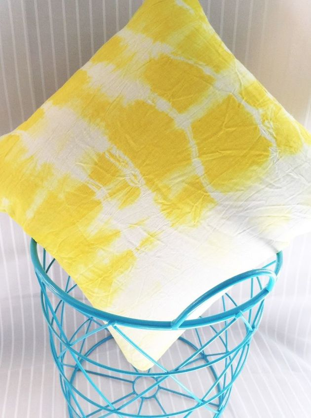 s 11 unexpected ways to use spices in your home, Use turmeric to tie dye summery throw pillows
