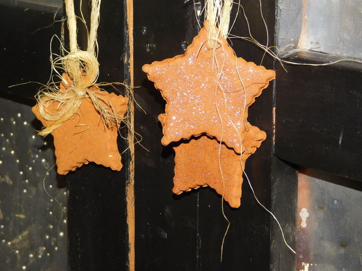 s 11 unexpected ways to use spices in your home, Mix cinnamon glue into aromatic ornaments