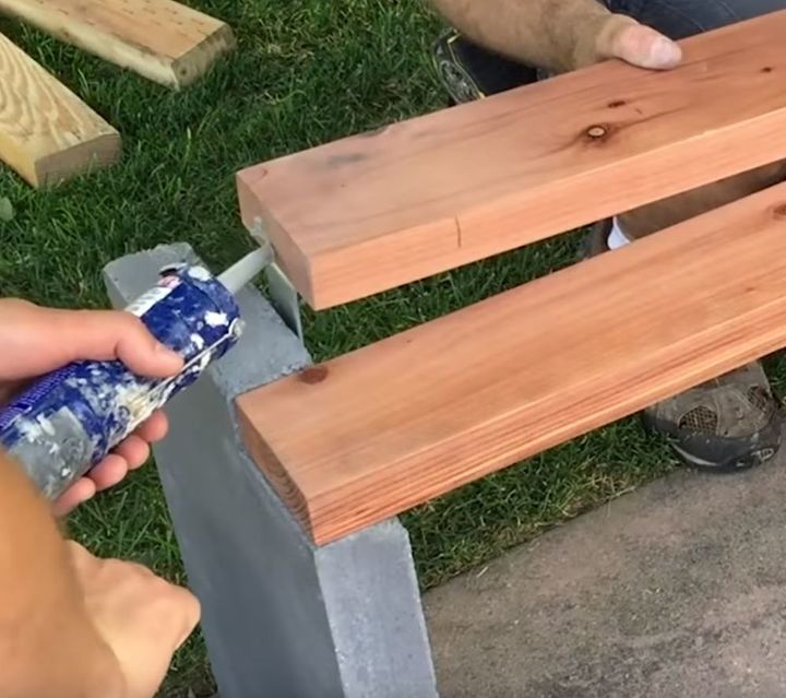 Modern Concrete Benches: DIY Modern Concrete And Redwood Bench Tutorial