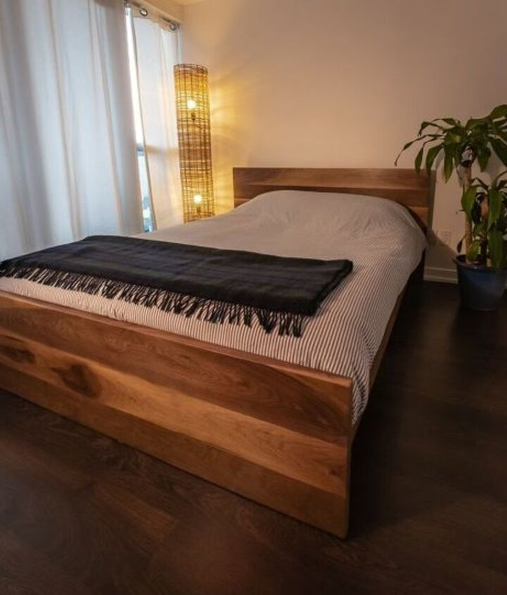 my diy solid walnut bedframe