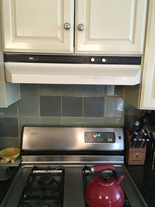 q how to know what size range hood fan to get