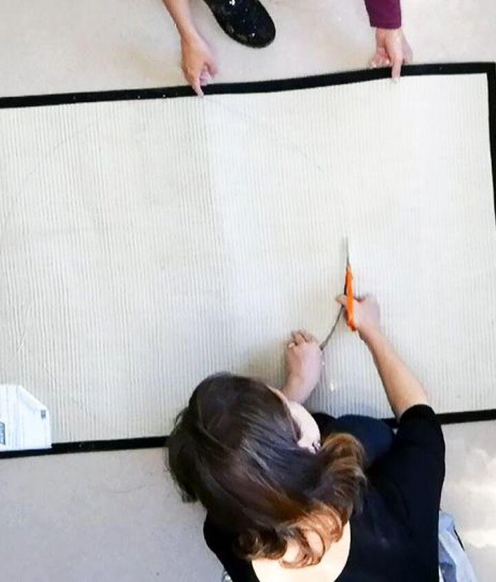 create the cutest polkadot doormat ever