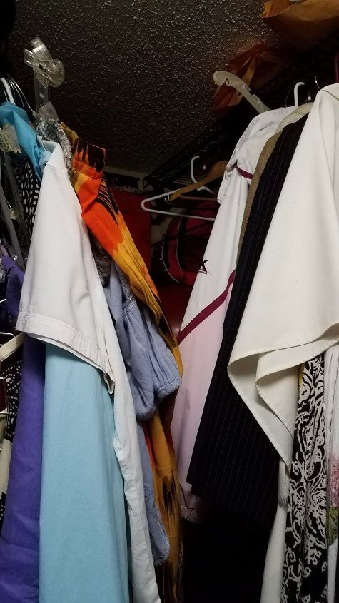 q i need help organizing my closet i am a renter so it cannot be anythi