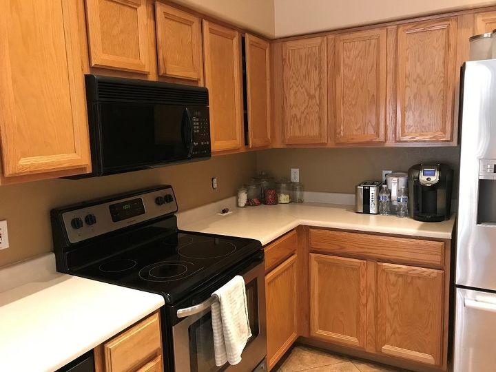 Kitchen before photo dark and orange !