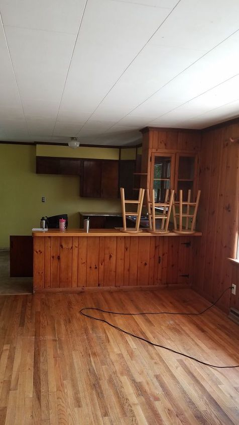 q how to paint cedar paneling