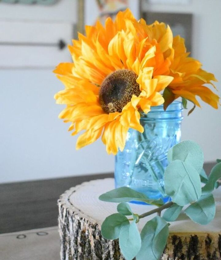 simple late summer inspired table