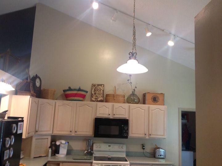 q high kitchen wall decor