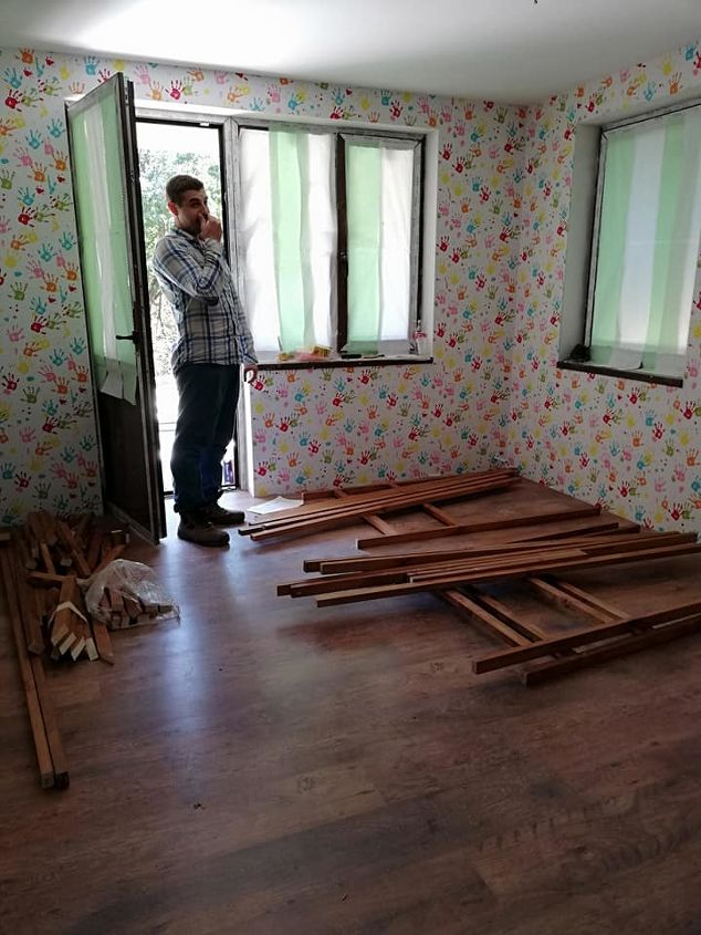 dad saves tons of money on diy kids beds
