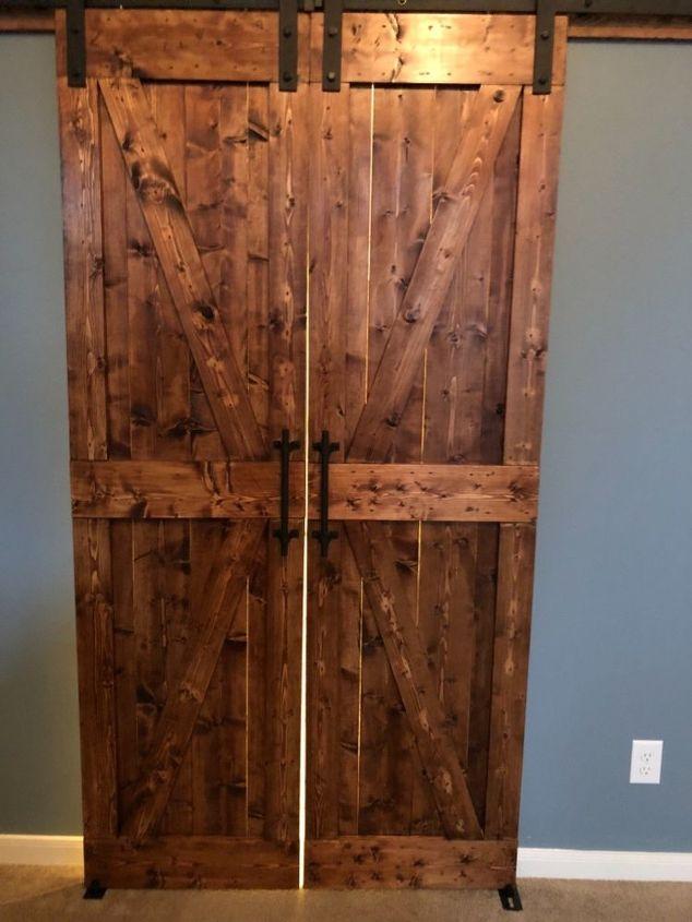 q how to fix barn doors