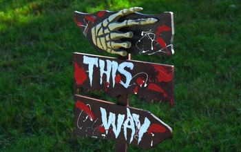 DIY Scary Outdoor Halloween Signs