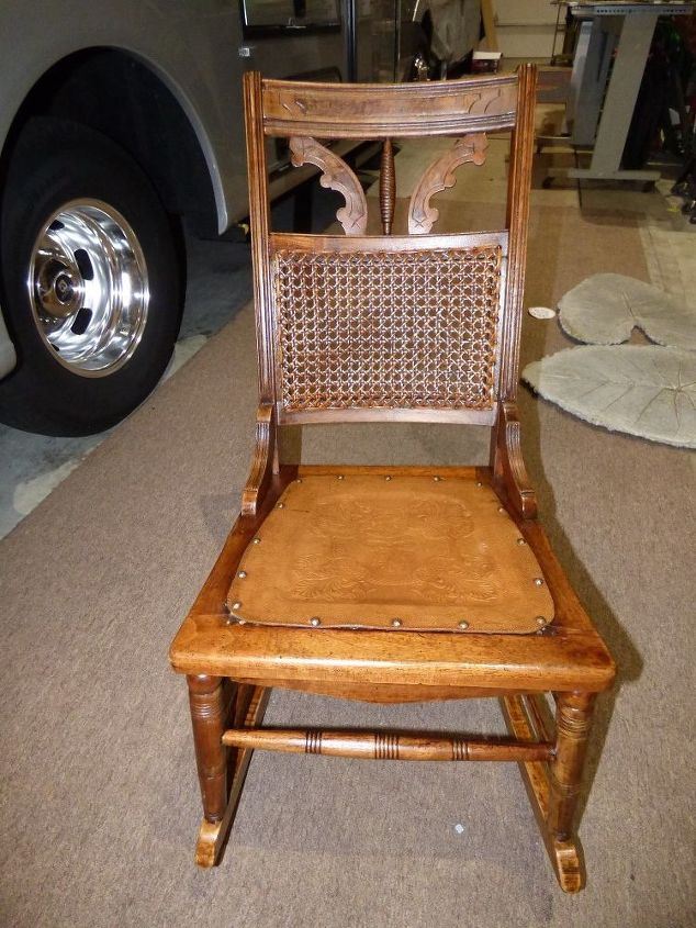 another sad and lonley rocking chair looking for an baby to be rocked