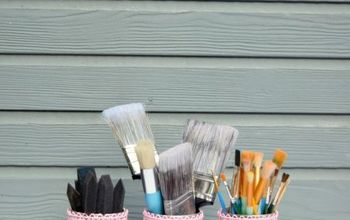 Paint Brush Caddy - A Thrift Store Repurpose