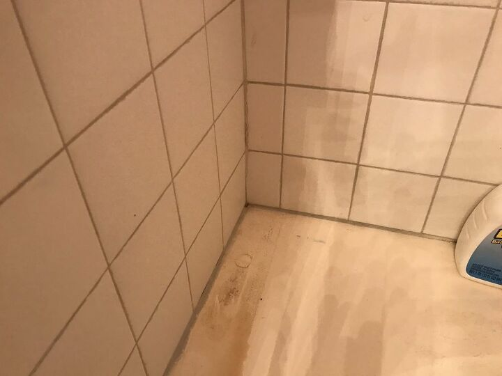 q how do i grout my tub so the grout won t crack