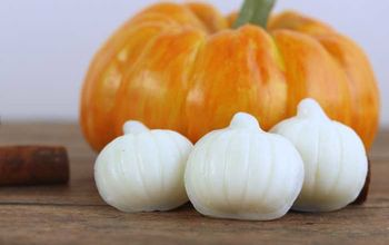 diy wax melts with pumpkin spice essential oil