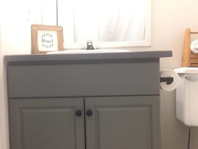 weekend rental bathroom makeover using superior paint co chalk paint