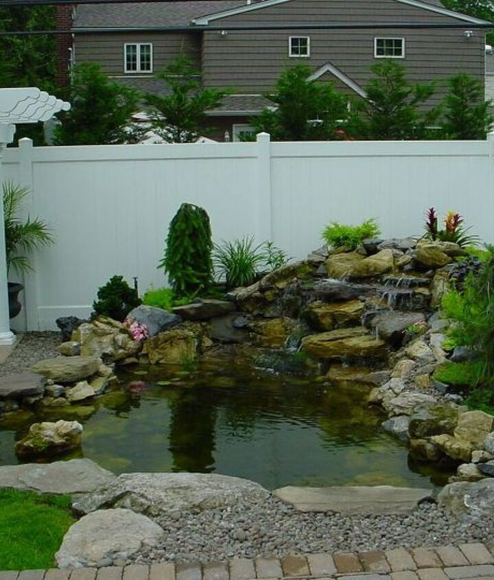 q how do you put in a pond using river rock