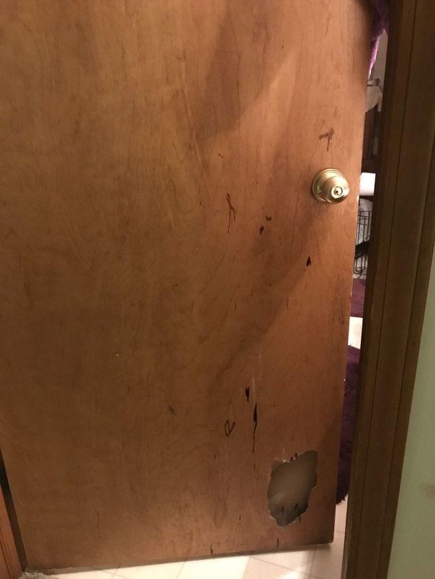 q how do i fix a broken piece of wood from a hollow door
