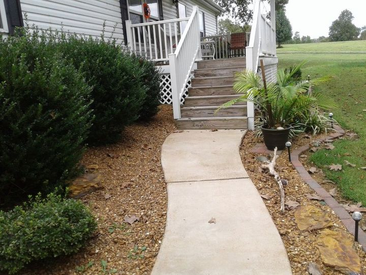 q make my concrete sidewalk look better and deff diff