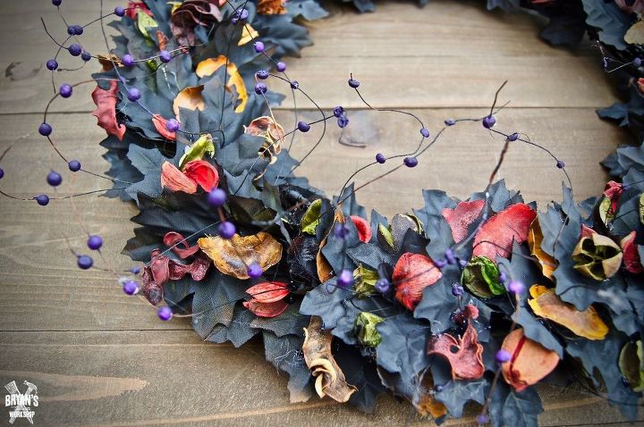 farmhouse halloween wreath