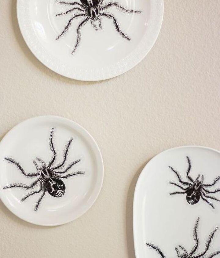 halloween spider plate wall