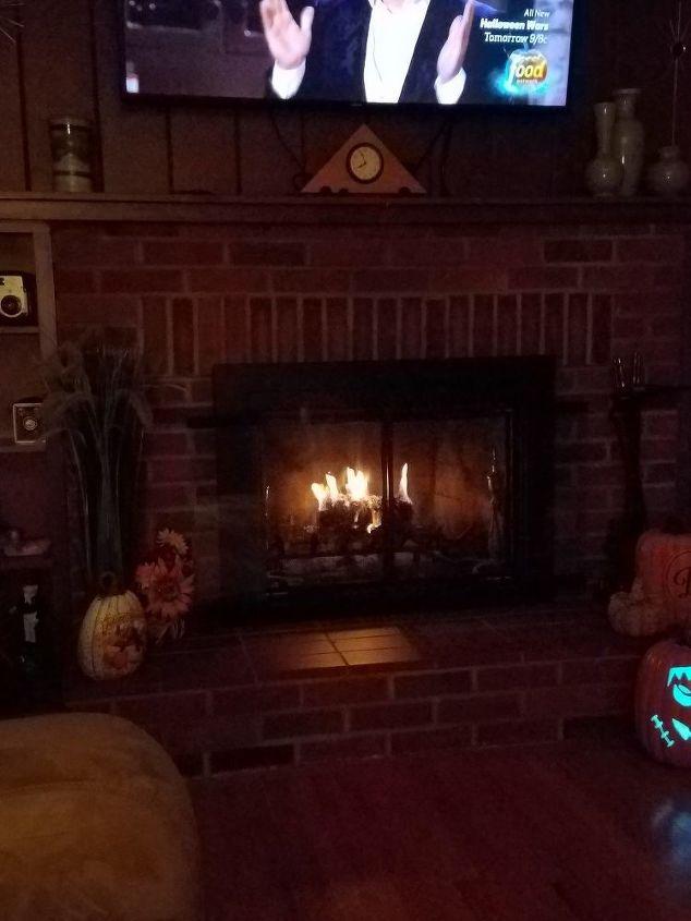 q how do we install gas fireplace logs