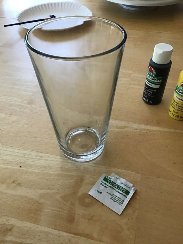 painting glasses with glass paint