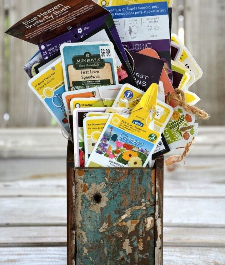 organize your garden plant tags for easy reference and fall planting