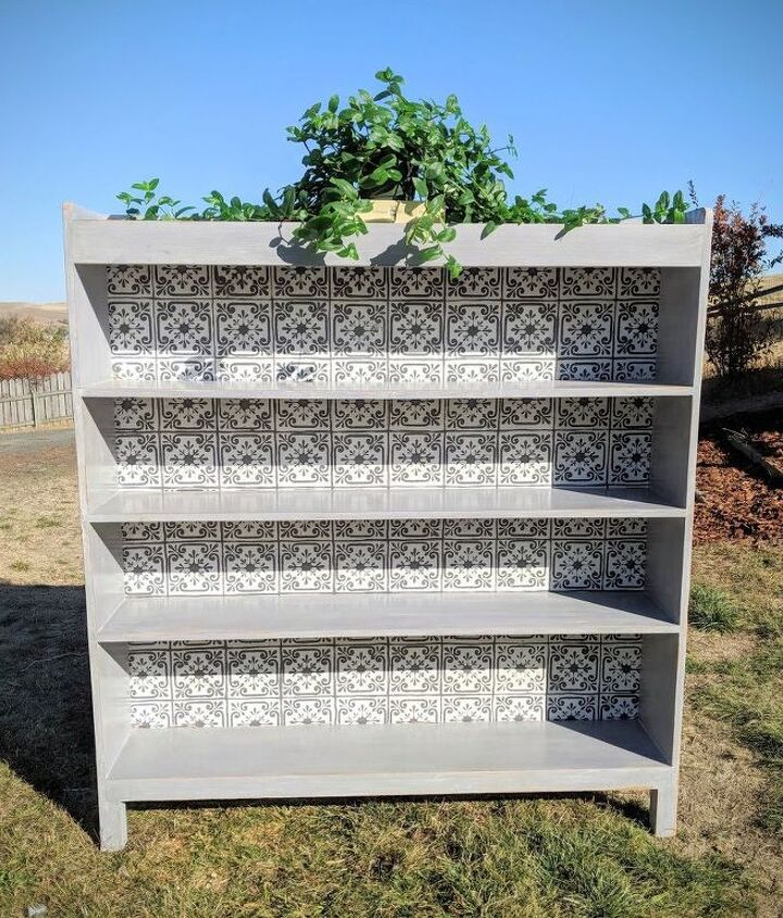 stenciled bookshelf makeover