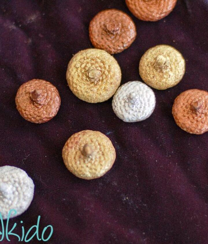 diy wool felt balls made into felt acorns