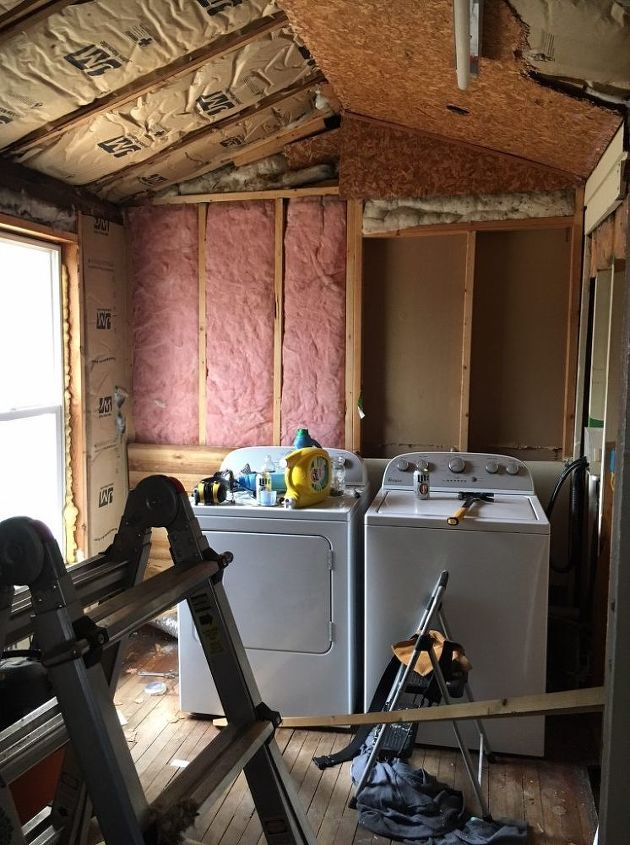farmhouse laundry renovation reveal