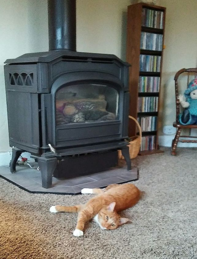 q would it be safe to place a candle on top of our cast iron stove