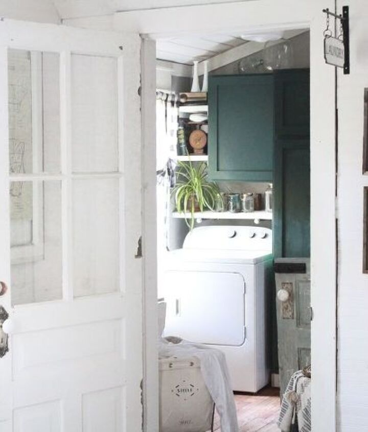 farmhouse laundry renovation reveal