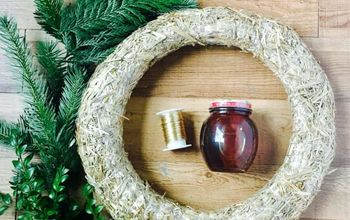 Holiday Gift Wreath