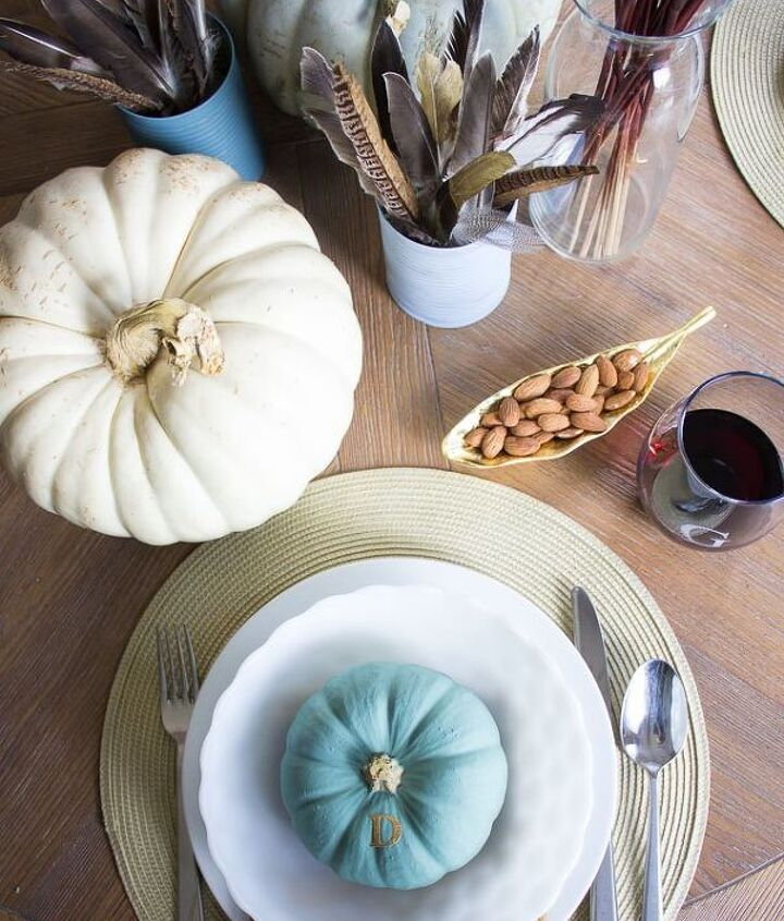 chalk paint and feather thanksgiving table decor