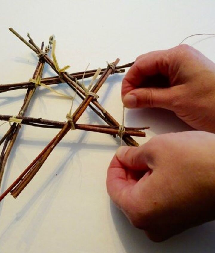 make rustic stars out of sticks