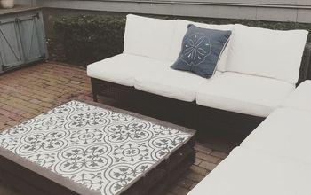 DIY Outdoor Pallet Tile Coffee Table