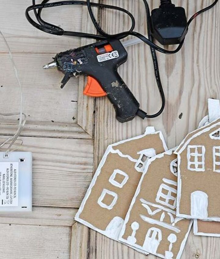upcycled packaging gingerbread garland