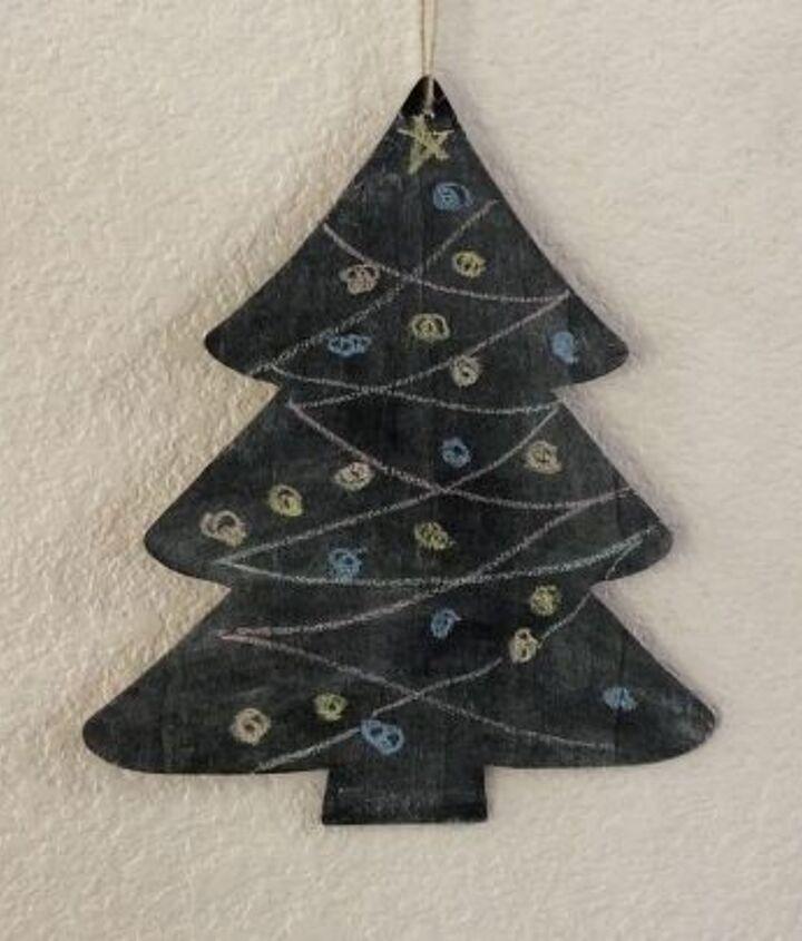 easy chalkboard tree