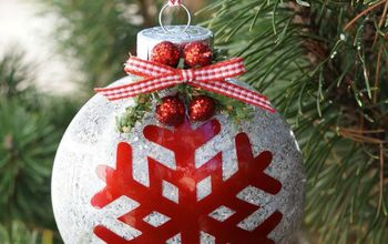 how to make a glittered snowflake ornament