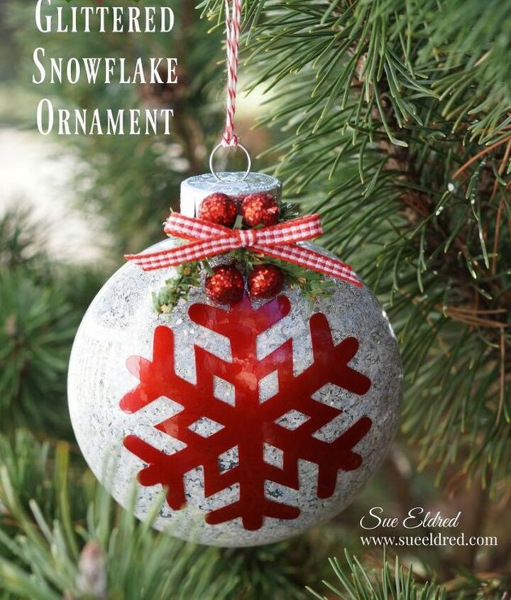 how to make a glittered snowflake ornament