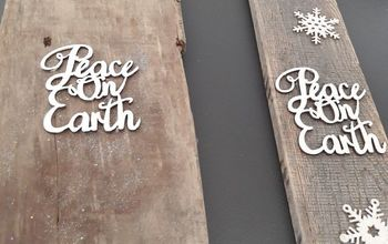 Quick and Easy Rustic Holiday Sign