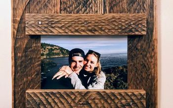 DIY Pallet Wood Picture Frame