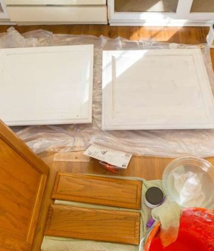 how to paint your kitchen cabinets white